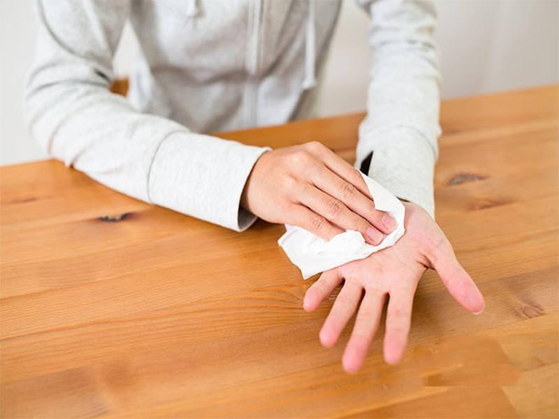 7 dấu hiệu cảnh báo bệnh nguy hiểm biểu hiện trên bàn tay của bạn - Ảnh 1.
