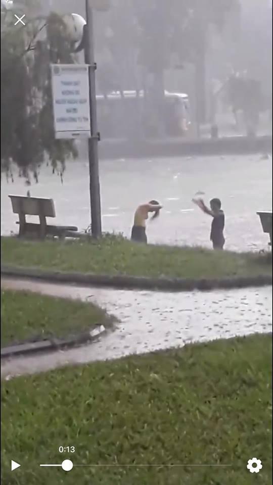 Sự thật clip thiếu nữ tắm tiên ở hồ Học Viện Nông Nghiệp Hà Nội - Ảnh 2.
