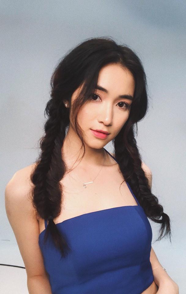 Khỏi tô trát cầu kỳ, Hòa Minzy đẹp kiểu thanh thuần thế này mới khiến người ta mê mẩn - Ảnh 5.