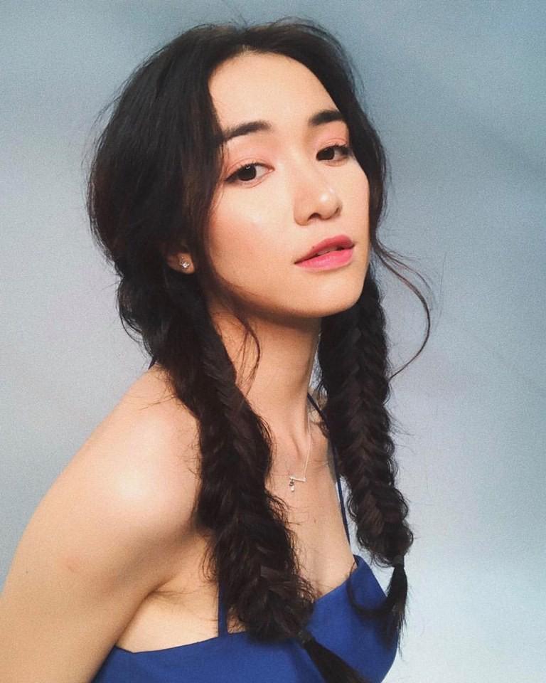 Khỏi tô trát cầu kỳ, Hòa Minzy đẹp kiểu thanh thuần thế này mới khiến người ta mê mẩn - Ảnh 4.
