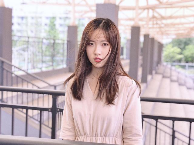 Sở hữu vẻ đẹp tinh khôi, dịu dàng, cô bạn 21 tuổi đăng quang hoa khôi Học viện ngoại ngữ Chiết Giang - Ảnh 8.