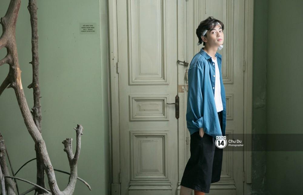 Ben Phạm: Chàng trai sinh năm 1998 đa tài, vừa làm stylist siêu đỉnh, vừa đóng phim cực đáng yêu - Ảnh 1.