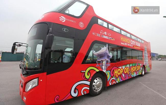 Xe buýt 2 tầng đầu tiên của Hà Nội chuẩn bị được đưa vào sử dụng - Ảnh 1.