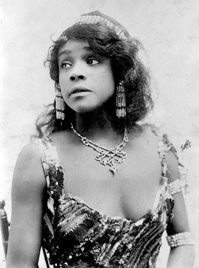 Chùm ảnh: Những bức ảnh hiếm cho thấy từ hàng trăm năm trước nhan sắc phụ nữ đã đẹp đến nao lòng dù không có photoshop - Ảnh 6.
