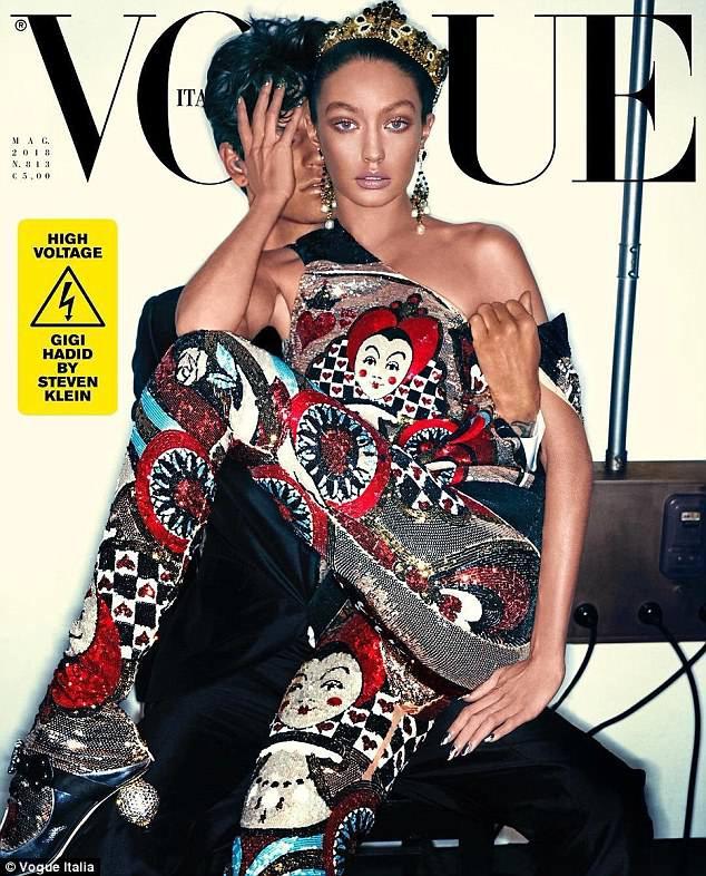 Hết scandal phân biệt chủng tộc, Gigi Hadid lại lộ ảnh hở cả nhũ hoa cùng vòng 1 chảy xệ - Ảnh 2.