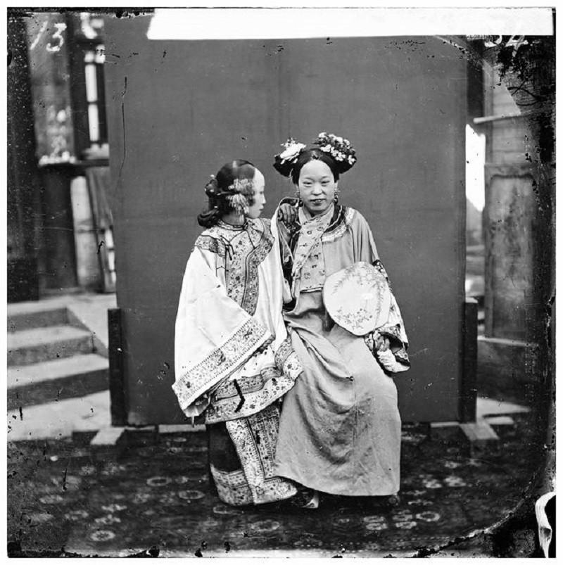 Bậc thầy đầu tiên của nghệ thuật chụp ảnh du lịch và những bức ảnh khắc họa vẻ đẹp châu Á từ cách đây 150 năm - Ảnh 1.