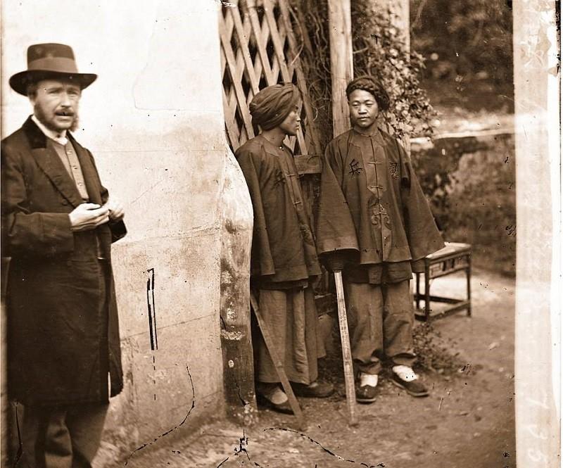 Bậc thầy đầu tiên của nghệ thuật chụp ảnh du lịch và những bức ảnh khắc họa vẻ đẹp châu Á từ cách đây 150 năm - Ảnh 4.