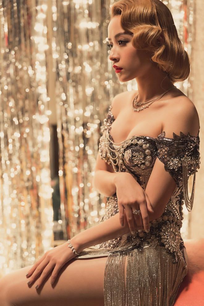 3 cô nàng được coi là ngọc nữ của showbiz Việt quyết chuyển hướng từ ngây thơ sang sexy gợi cảm - Ảnh 6.