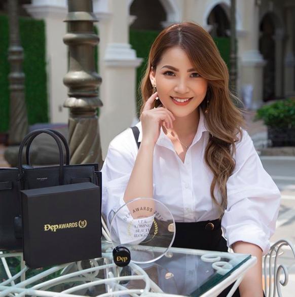 4 beauty blogger Việt mới nổi: Đã xinh đẹp lại sở hữu cuộc sống sang chảnh đến đáng ghen tị! - Ảnh 17.