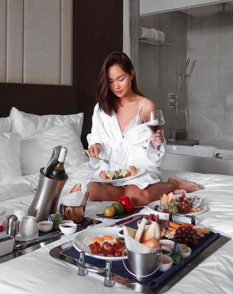 4 beauty blogger Việt mới nổi: Đã xinh đẹp lại sở hữu cuộc sống sang chảnh đến đáng ghen tị! - Ảnh 27.