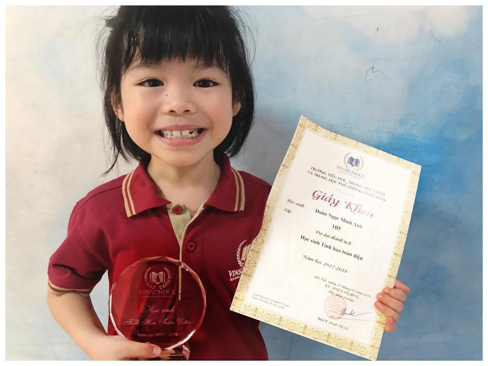 Giấy khen học sinh giỏi toàn diện của em Miu.
