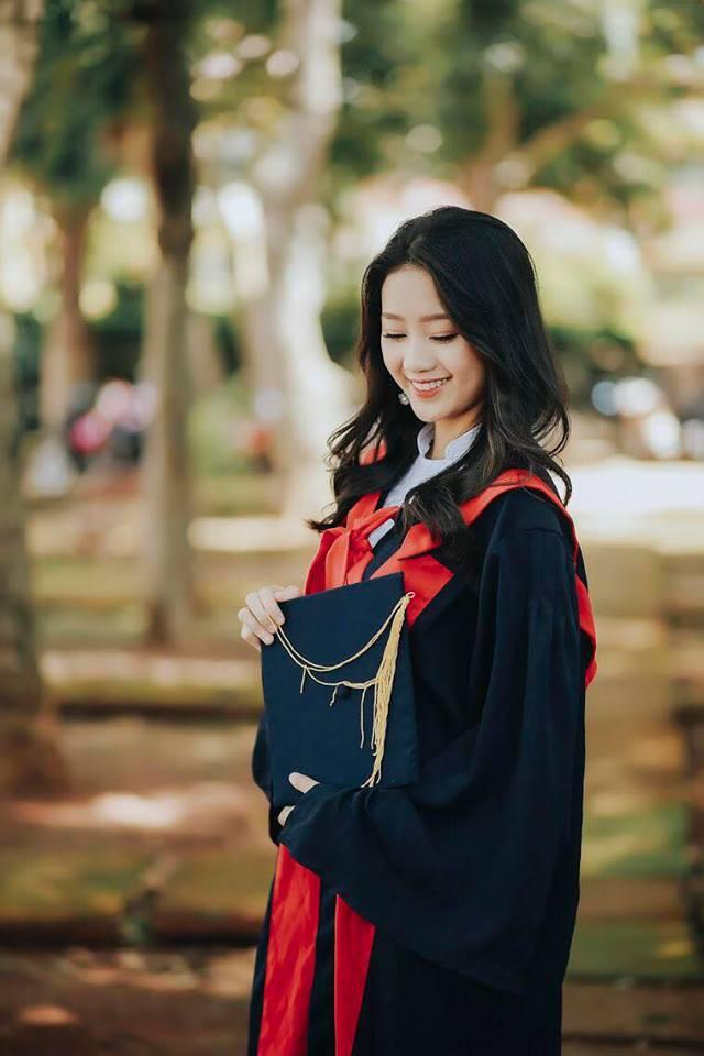 Quá xinh khi chụp ảnh kỉ yếu, nữ sinh Đăk Nông được xin link nhiều đến nỗi phải khoá Facebook - Ảnh 2.