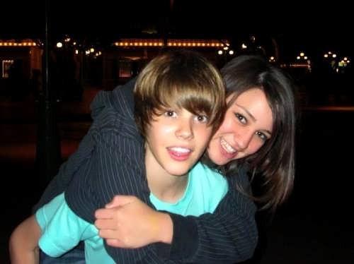 24 tuổi, Justin Bieber đã bị đồn ngủ với 30 cô gái nằm trong danh sách này - Ảnh 3.