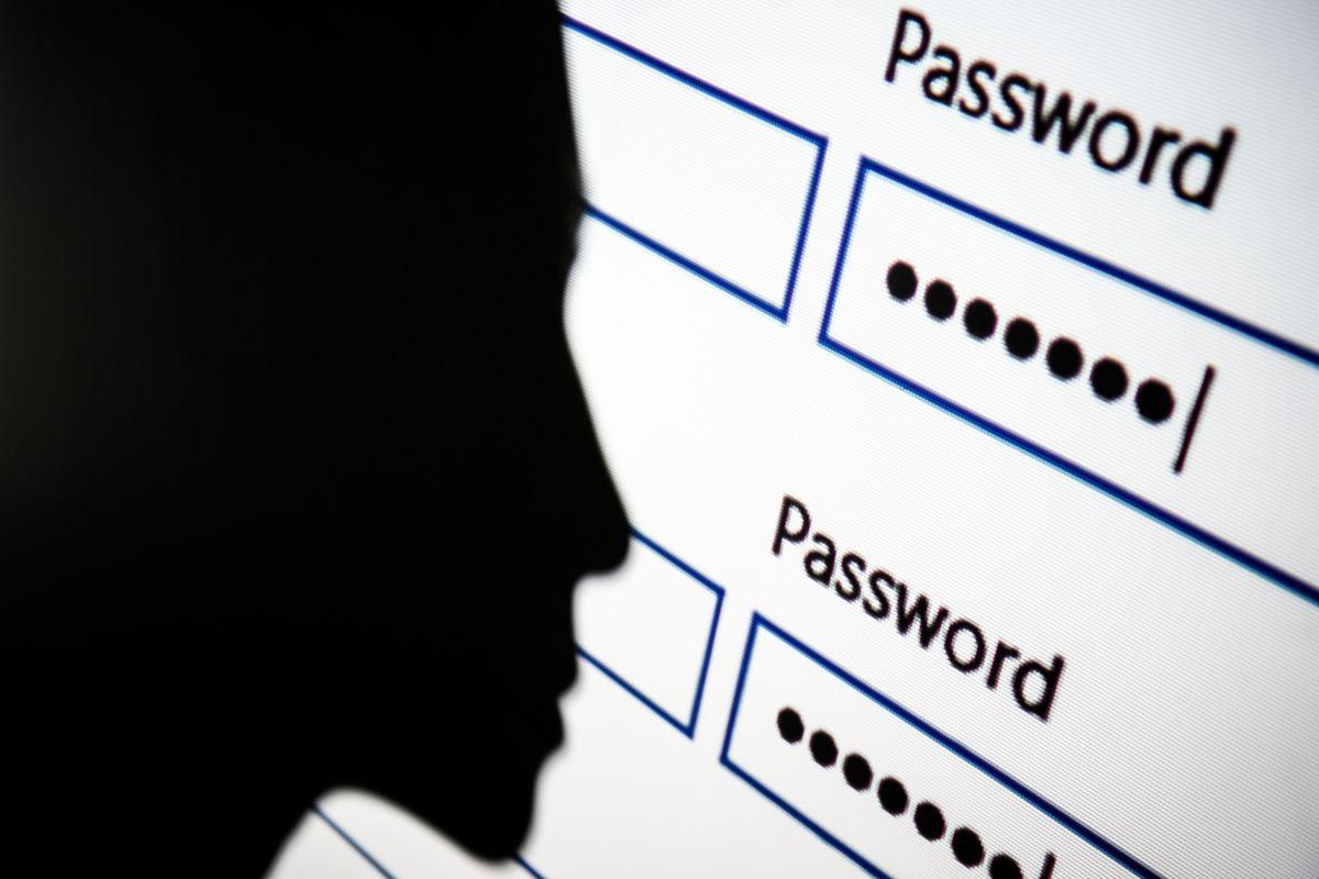 Bỏ 5 thói quen đặt password này ngay nếu không muốn bị hacker bắt bài - Ảnh 1.