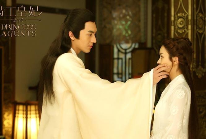 Hậu trường bây giờ mới kể: Triệu Lệ Dĩnh muốn hôn nhưng Lâm Canh Tân lại... chạy mất dạng! - Ảnh 1.