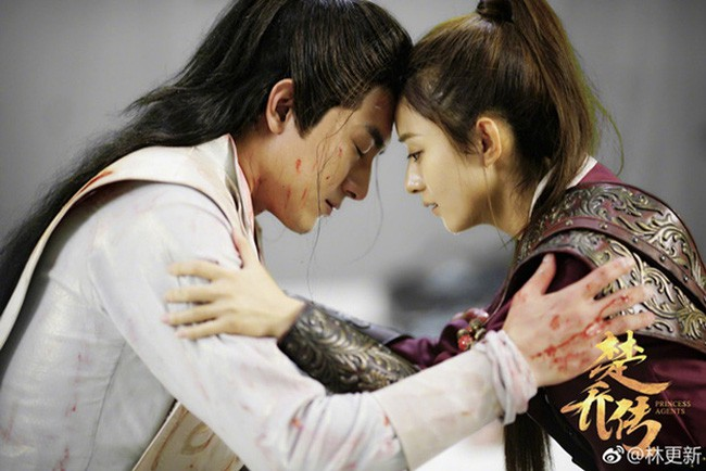 Hậu trường bây giờ mới kể: Triệu Lệ Dĩnh muốn hôn nhưng Lâm Canh Tân lại... chạy mất dạng! - Ảnh 4.