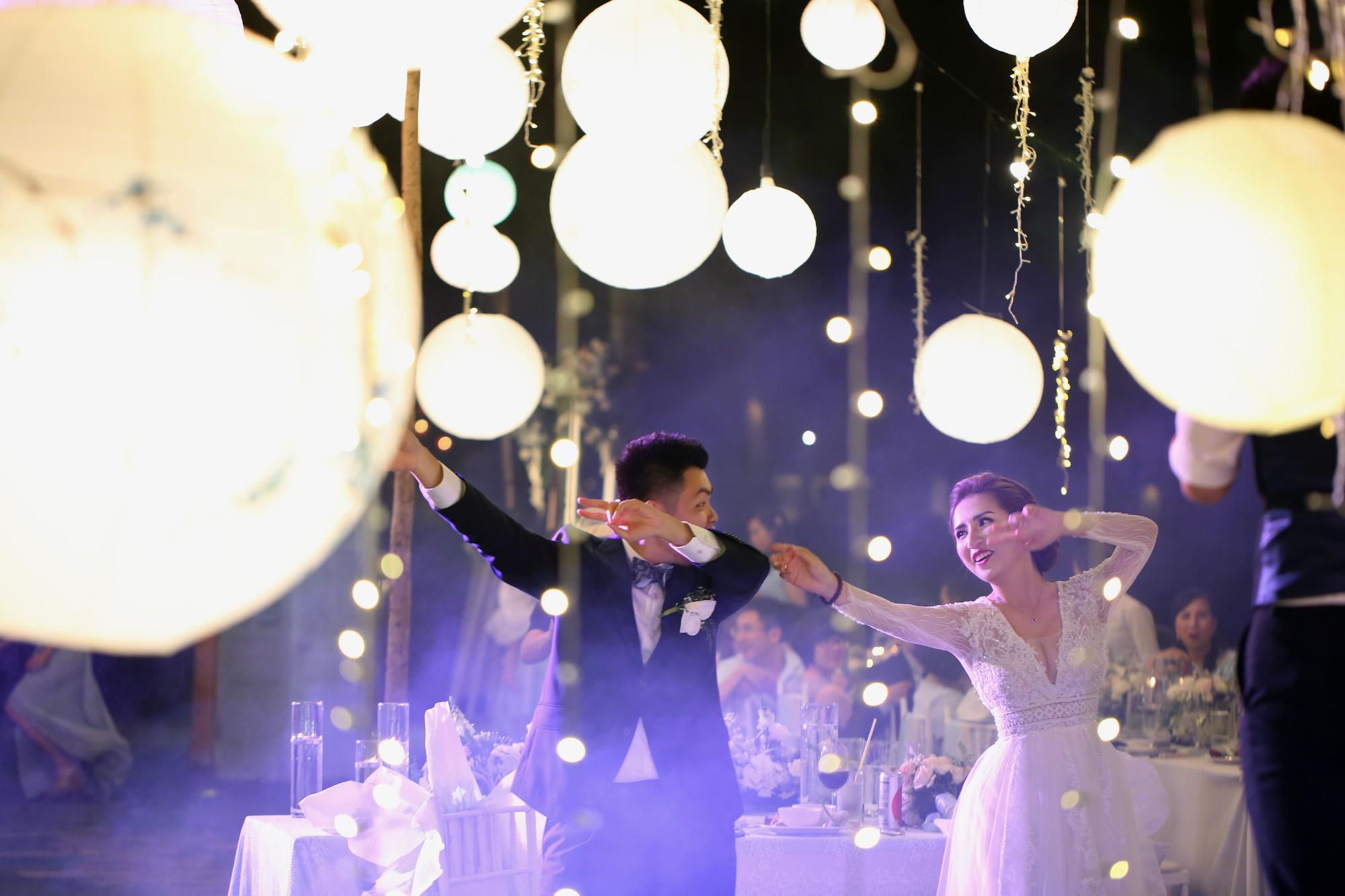 """Cùng xem MV cưới """"one shot"""" đầu tiên tại Việt Nam, chỉ quay trong đúng một lần bấm máy mà vẫn lung linh như mơ - Ảnh 3."""