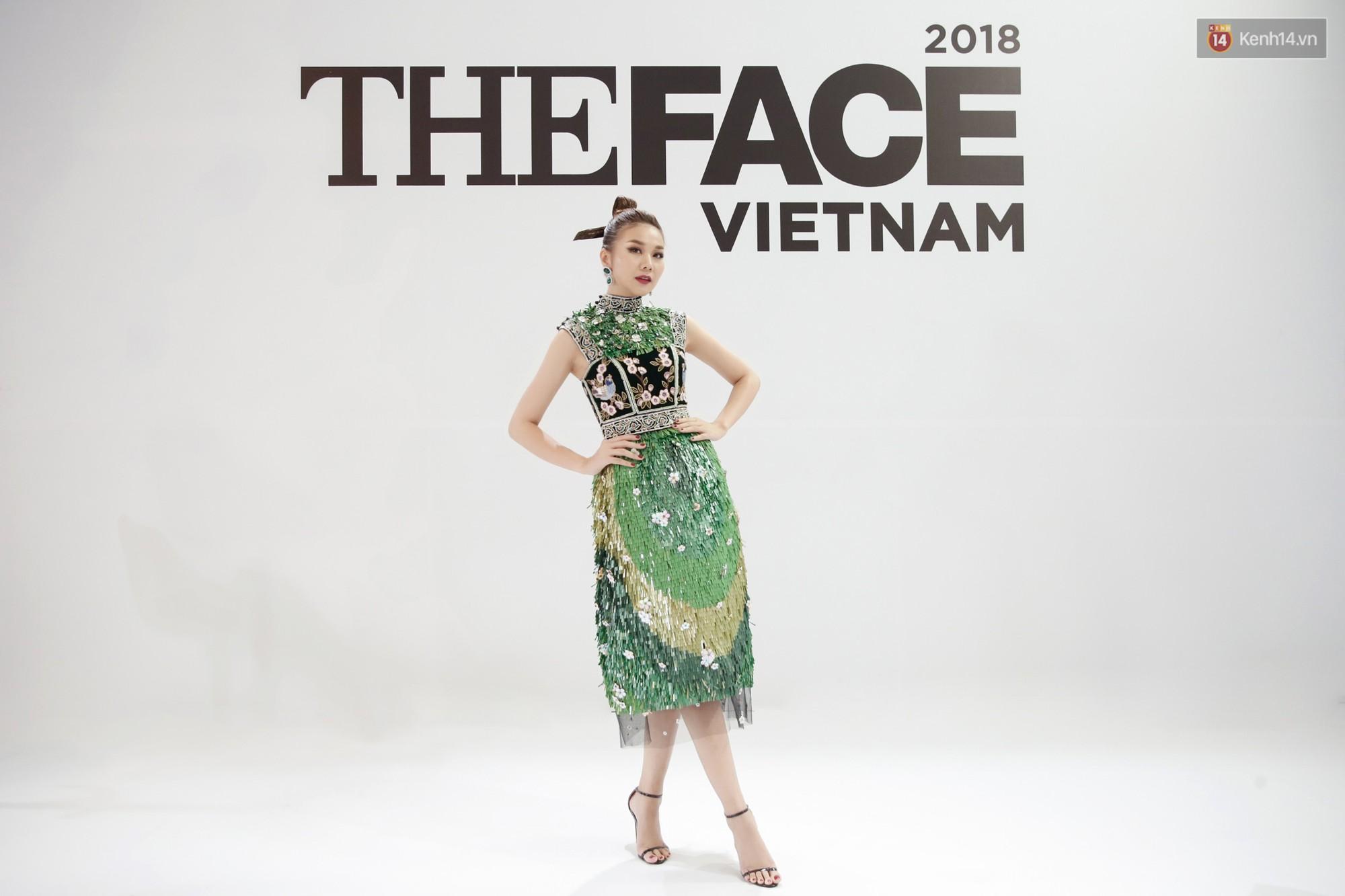 The Face ngày 2: Vắng mặt Võ Hoàng Yến, Song Hằng nhí nhố trong hậu trường với Nam Trung - Ảnh 4.