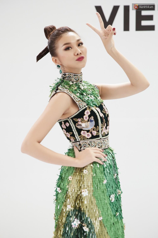 The Face ngày 2: Vắng mặt Võ Hoàng Yến, Song Hằng nhí nhố trong hậu trường với Nam Trung - Ảnh 5.