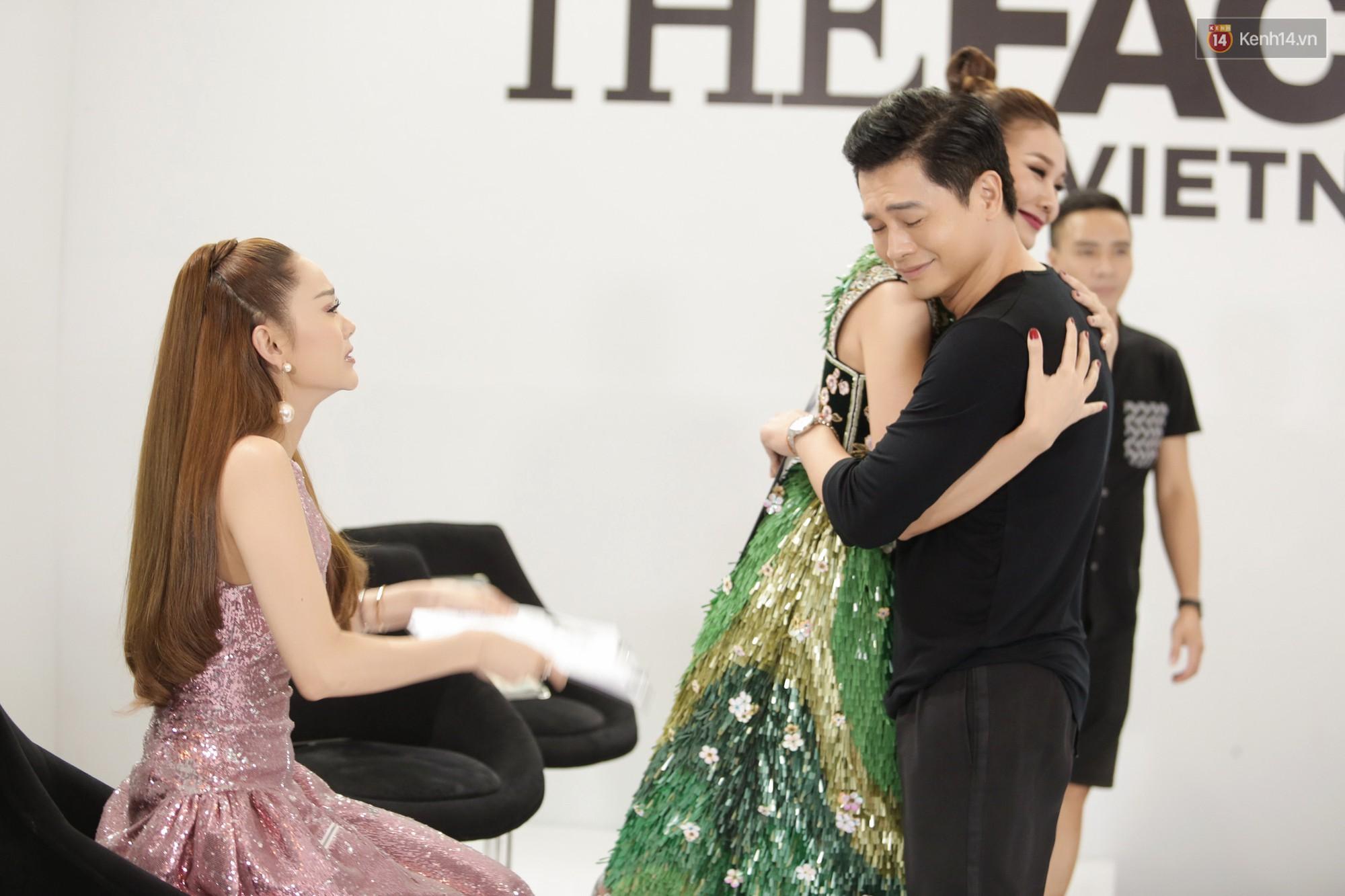 The Face ngày 2: Vắng mặt Võ Hoàng Yến, Song Hằng nhí nhố trong hậu trường với Nam Trung - Ảnh 16.