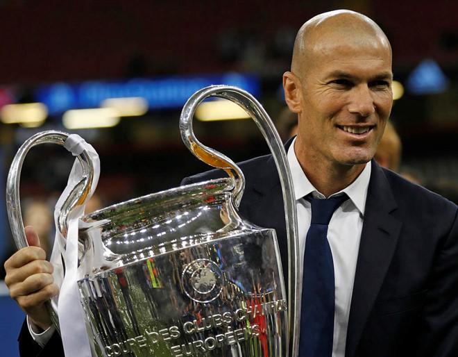 Cực sốc: Zidane từ chức huấn luyện viên trưởng Real Madrid - Ảnh 1.