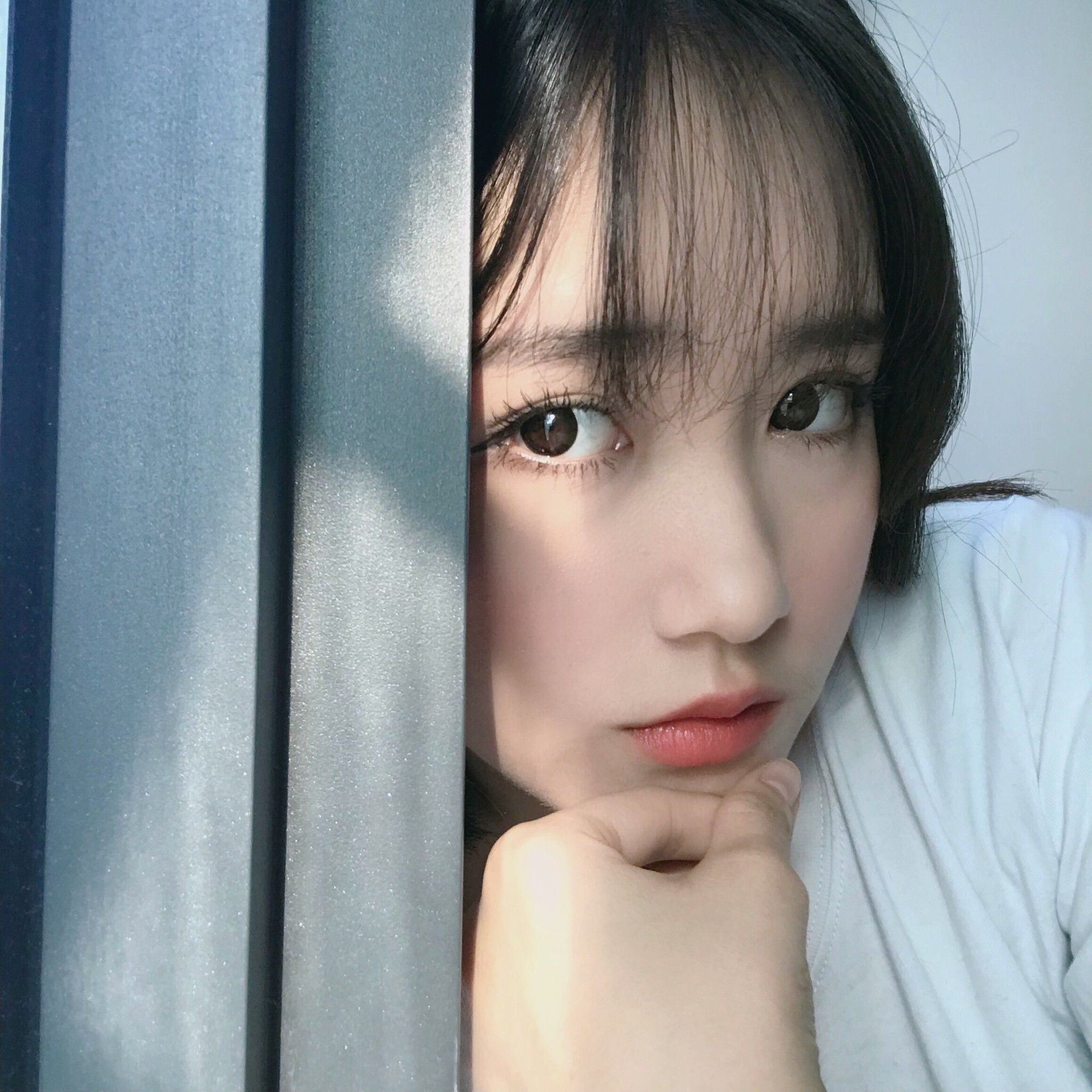 Cô bạn 19 tuổi đến từ Nha Trang sở hữu thần thái chẳng khác nào các hot girl đình đám - Ảnh 1.
