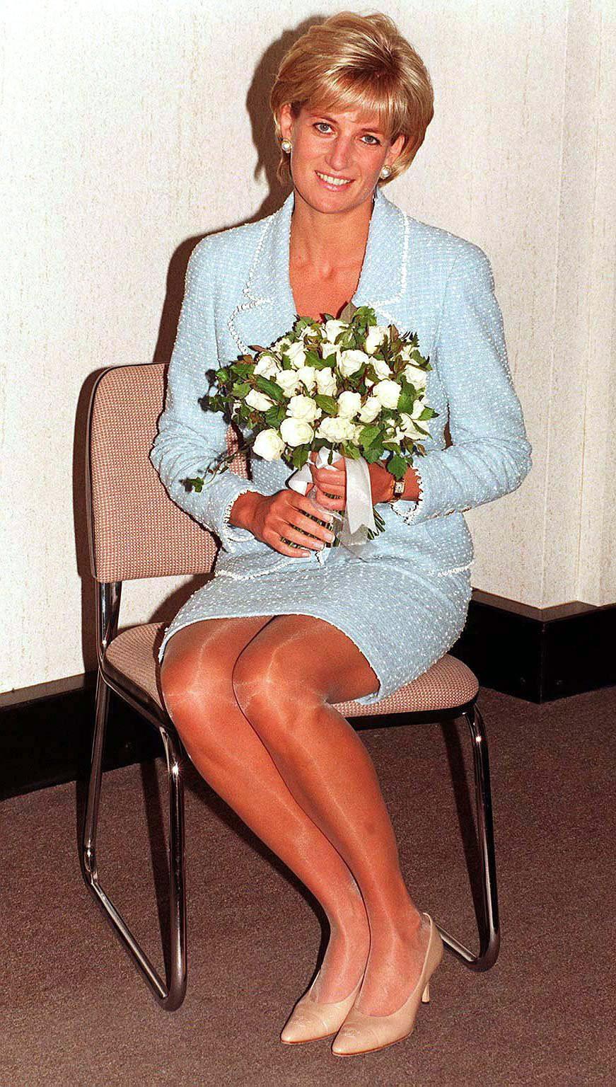 Lý do đau lòng đằng sau việc Công nương Diana ngừng diện đồ Chanel sẽ khiến người ta càng thương bà nhiều hơn - Ảnh 3.