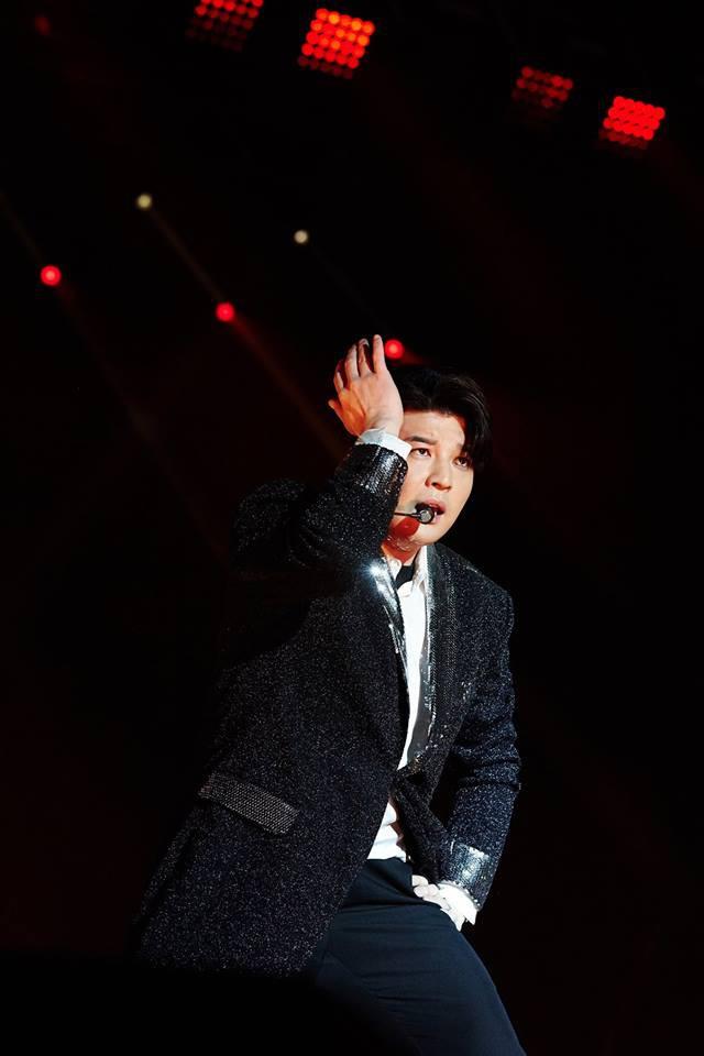 Super Junior cho fan ná thở với loạt ảnh lung linh từ tour thế giới - Ảnh 11.