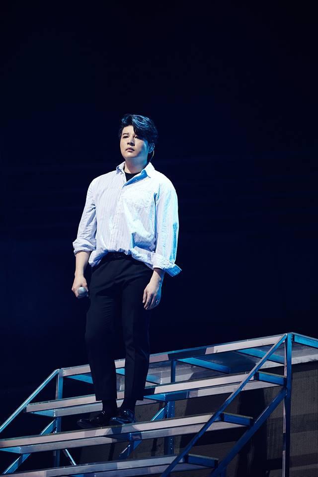 Super Junior cho fan ná thở với loạt ảnh lung linh từ tour thế giới - Ảnh 13.