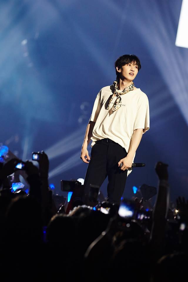 Super Junior cho fan ná thở với loạt ảnh lung linh từ tour thế giới - Ảnh 16.