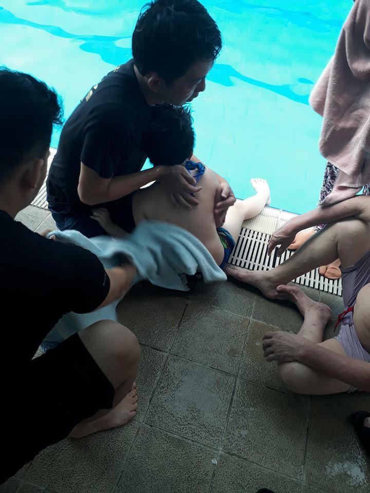 Đội trưởng đội cảnh sát cứu hộ ở Hà Nội cứu sống em bé bị ngưng tim vì đuối nước trong 7 phút ngắn ngủi - Ảnh 2.
