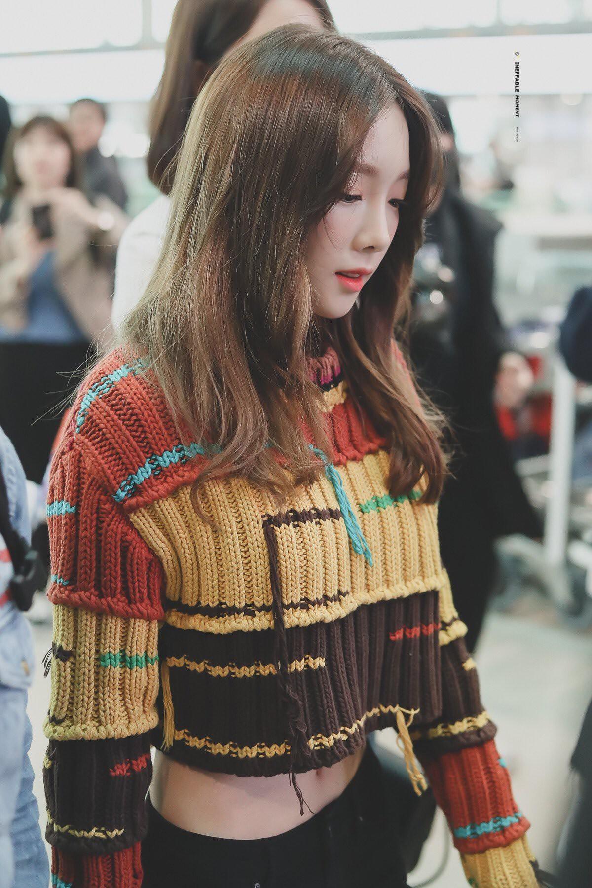 Đụng hàng: Taeyeon khoe vòng eo nữ thần, Min lại diện cùng váy xinh như nhân vật truyện tranh - Ảnh 4.