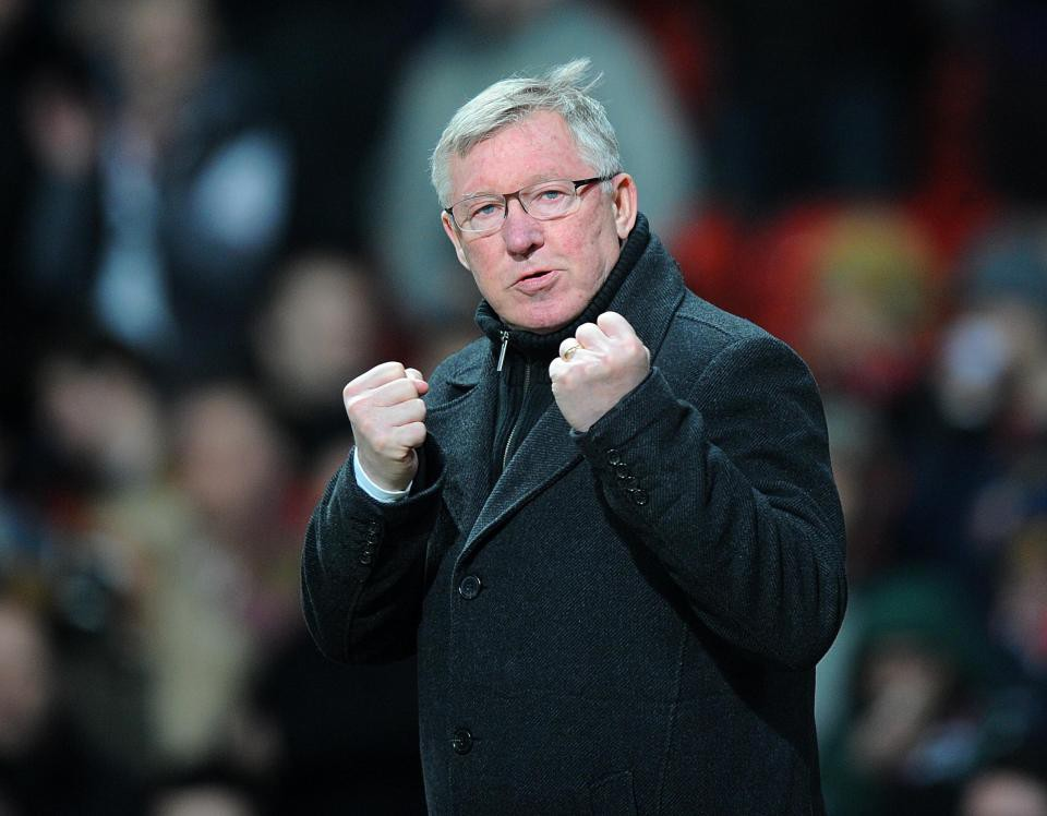 Sir Alex Ferguson rơi vào hôn mê, người nhà lo lắng tột độ - Ảnh 2.
