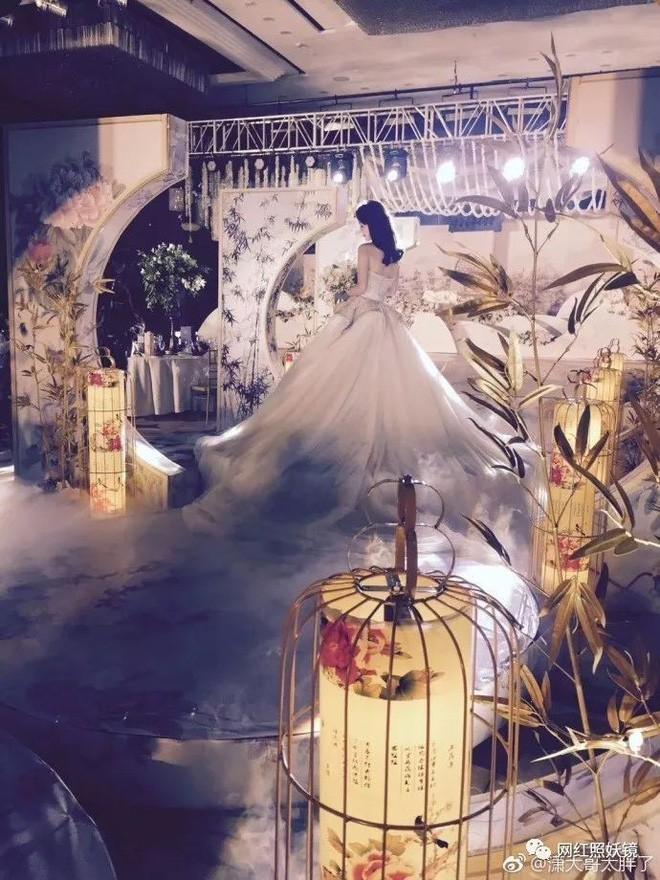 Những đám cưới cổ tích của dàn hot girl vạn người mê từng nổi đình nổi đám khắp Trung Quốc - Ảnh 12.