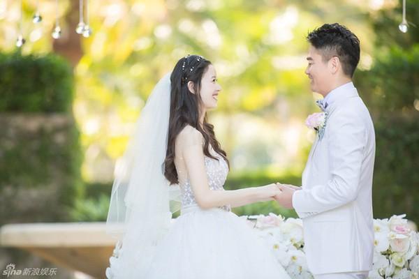 Những đám cưới cổ tích của dàn hot girl vạn người mê từng nổi đình nổi đám khắp Trung Quốc - Ảnh 25.