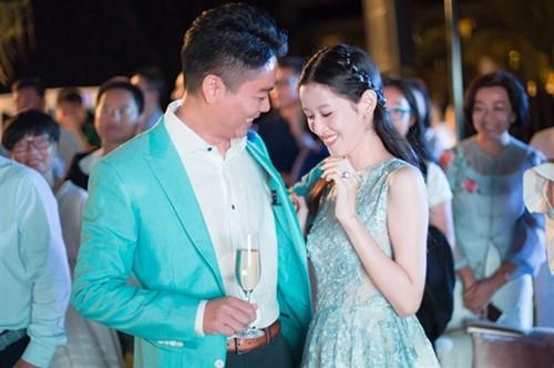 Những đám cưới cổ tích của dàn hot girl vạn người mê từng nổi đình nổi đám khắp Trung Quốc - Ảnh 28.