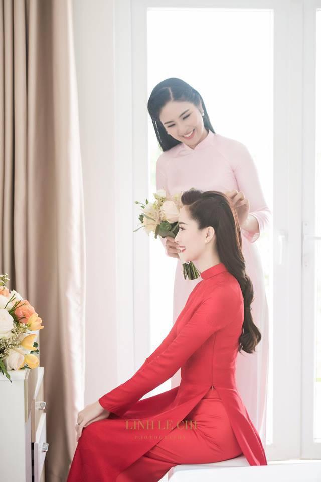Nếu định chọn áo dài đỏ ngày ăn hỏi, hãy học tập Diệp Lâm Anh, HH Thu Thảo và Hà Tăng - Ảnh 6.