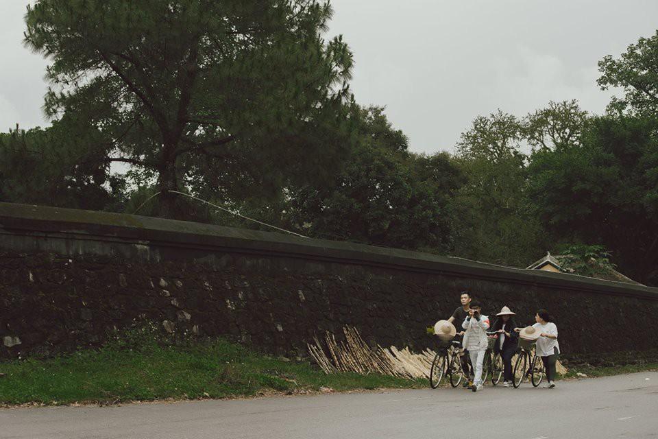 Cũng đi Huế - Đà Nẵng - Hội An mà nhóm bạn này có nguyên một bộ ảnh đẹp và nghệ như poster phim - Ảnh 16.