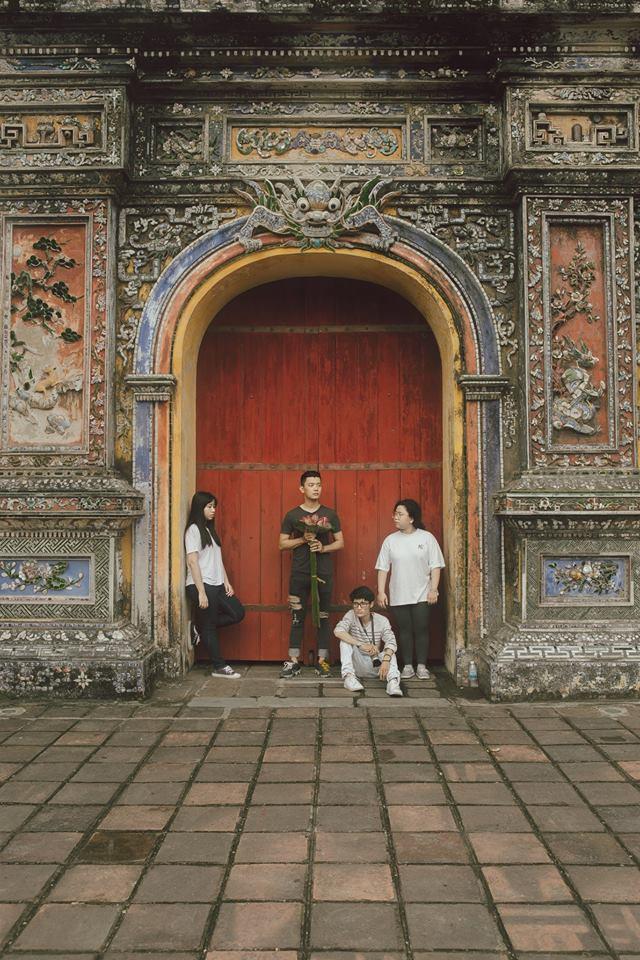 Cũng đi Huế - Đà Nẵng - Hội An mà nhóm bạn này có nguyên một bộ ảnh đẹp và nghệ như poster phim - Ảnh 15.