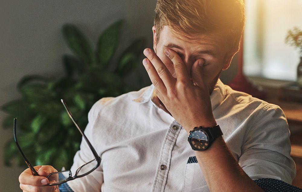 Những dấu hiệu vào ban ngày cho thấy giấc ngủ ban đêm của bạn đang có vấn đề - Ảnh 1.
