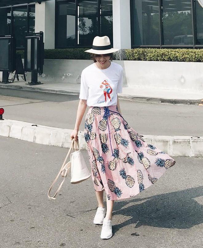 Mùa hè chọn váy dáng dài vừa xinh vừa chống nắng, nhưng diện sao cho đẹp thì đây là 5 bí kíp bạn cần bỏ túi - Ảnh 15.