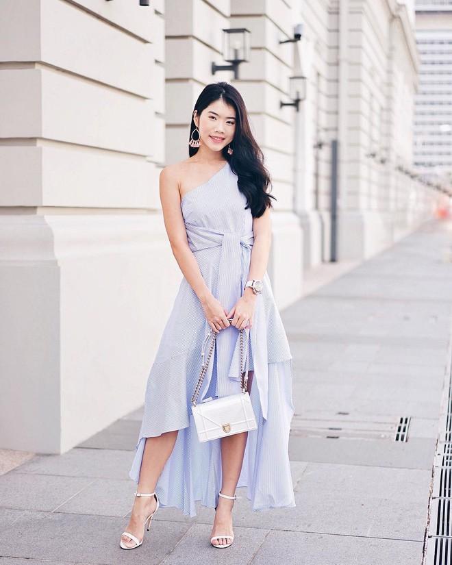 Mùa hè chọn váy dáng dài vừa xinh vừa chống nắng, nhưng diện sao cho đẹp thì đây là 5 bí kíp bạn cần bỏ túi - Ảnh 16.