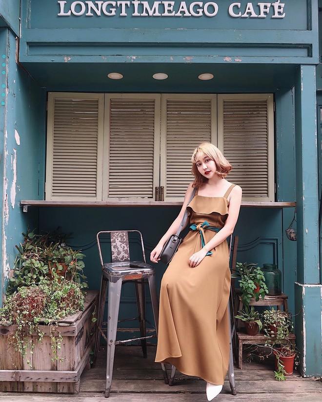 Mùa hè chọn váy dáng dài vừa xinh vừa chống nắng, nhưng diện sao cho đẹp thì đây là 5 bí kíp bạn cần bỏ túi - Ảnh 4.