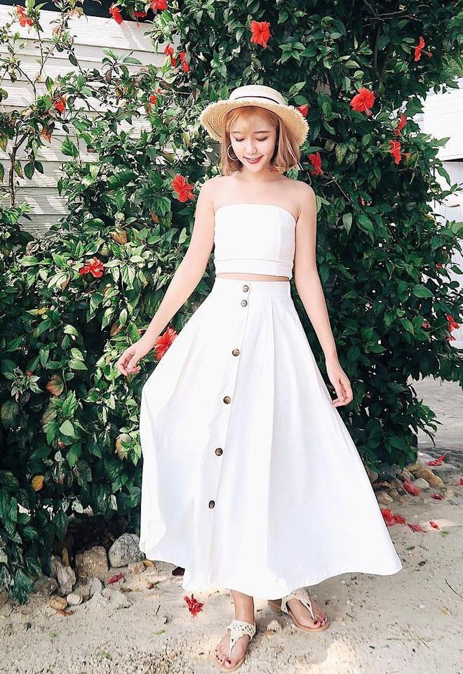 Mùa hè chọn váy dáng dài vừa xinh vừa chống nắng, nhưng diện sao cho đẹp thì đây là 5 bí kíp bạn cần bỏ túi - Ảnh 5.