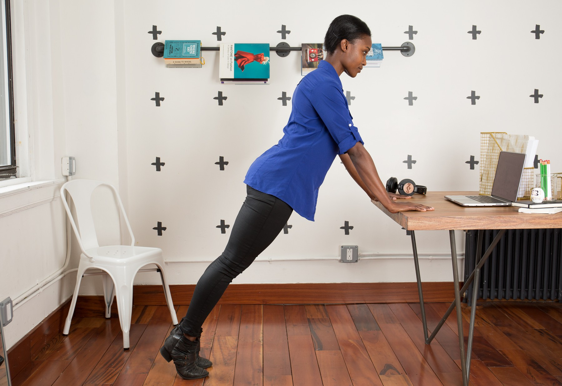 Dân văn phòng hay phải ngồi một chỗ thì học ngay bí kíp tập luyện kiểu này cho hiệu quả - Ảnh 3.