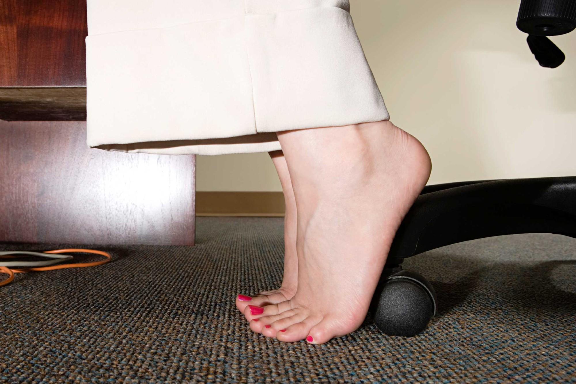 Dân văn phòng hay phải ngồi một chỗ thì học ngay bí kíp tập luyện kiểu này cho hiệu quả - Ảnh 5.