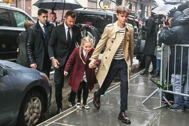 Nổi tiếng, giàu có nhưng cặp vợ chồng Victoria - Beckham vẫn có những nguyên tắc dạy con khắt khe đến kinh ngạc - Ảnh 2.
