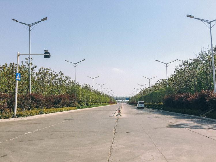 Mục sở thị kinh đô iPhone ở Trung Quốc: Tưởng là nhà máy thôi nhưng hóa ra thứ gì cũng có! - Ảnh 7.