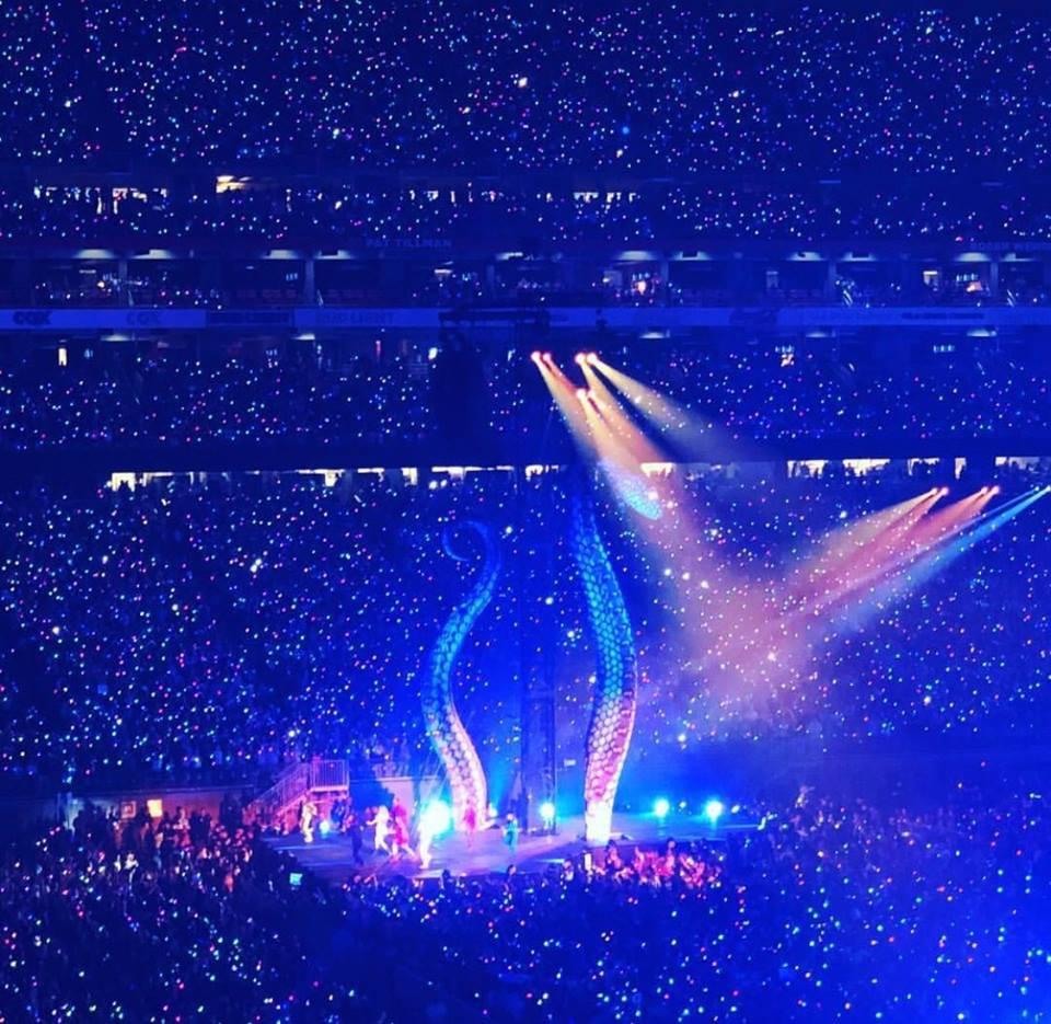 Taylor Swift chính thức khởi động tour diễn khủng: Rắn to, rắn bé, rắn khắp mọi nơi! - Ảnh 8.
