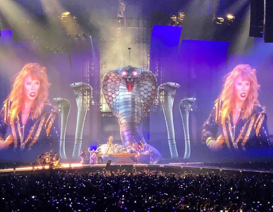 Taylor Swift chính thức khởi động tour diễn khủng: Rắn to, rắn bé, rắn khắp mọi nơi! - Ảnh 3.